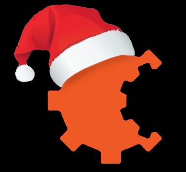 Pomarańczowy trybik ubrany w czapkę Mikołaja.