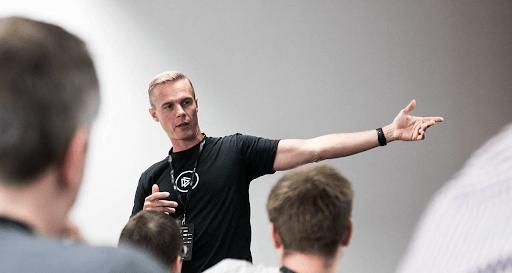 Troy Hunt - twórca serwisu monitorującego wycieki baz danych